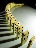 Domino_effect